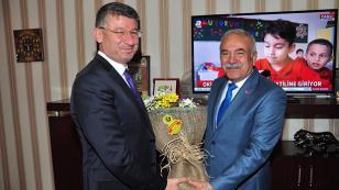 Esnaf'tan Başkan Yeni'ye 'Hayırlı Olsun' Ziyareti