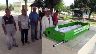 Iraklı Kadının Cenazesi Adana'da Toprağa Verildi