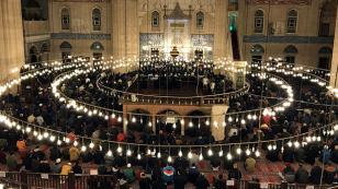 Adana'da Mevlid Kandili dualarla idrak edildi