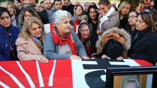 """CHP'lilerin """"Gülhan Abla""""sı sonsuzluğa uğurlandı"""