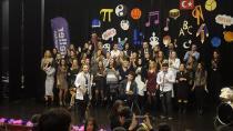 Altıneller'de coşkulu  Öğretmenler günü kutlaması