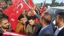Afrin sınırına giden konvoya Başkan Sözlü'den bayrak desteği
