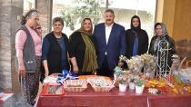 AK Parti kadınlar Mehmetçikler için yardım kermesi düzenledi