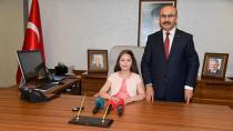 Çocuk Vali, Başkandan  'Parkların Güvenli Olmasını' İstedi