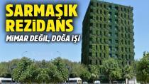 Burası Adana! 10 katlı binayı sarmaşıklar sardı