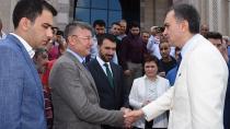 Çelik: 'Ak Parti Kongreleri Türk Siyasi Hayatının Dönüm Noktalarıdır'