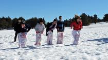 Kızıldağ Yaylası'nda kar şenliği