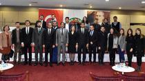 Genç avukatların yaşadığı mesleki sorunları masaya yatırıldı