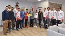 Vali Demirtaş; 'Gençler spora yönelmeli'