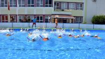 Ceyhanlı Çocuklar Havuza Kavuştu...