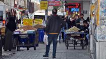 'Büfeler ve seyyar satıcılarla mücadele edilmeli'