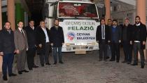 Ceyhan Belediyesi'nin yardım tırı Elazığlı ve Malatya'da