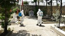 Büyükşehirden mezarlıklara azami koronavirüs özeni