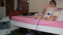 Cam kemik hastası Yasemin evden çıkamıyor!