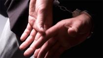 Sahte para ile cep telefonu satın alan şüpheliler yakalandı
