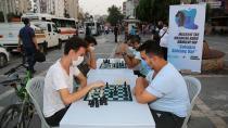 Sokakta satranç var!