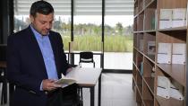 Kütüphanenize Bir Kitap da Başkan Kocaispir'den