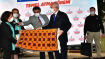 Kılıçdaroğlu'na el emeği göz nuru hediyeler