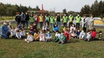 Anaokulu Öğrencileri Fidanları Toprakla Buluşturdu