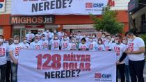 128 milyar dolar pankartı Adana'da 2 saat asılı kaldı
