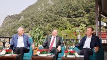 Akdeniz'in 3 büyükşehir belediye başkanı ortak yayında buluştu